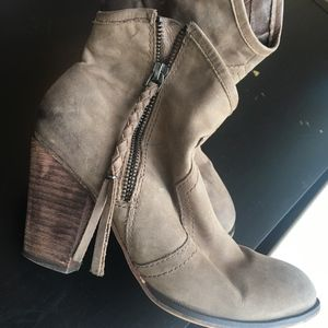 Distressed Ankle Cowgirl boots ALDO Size 7